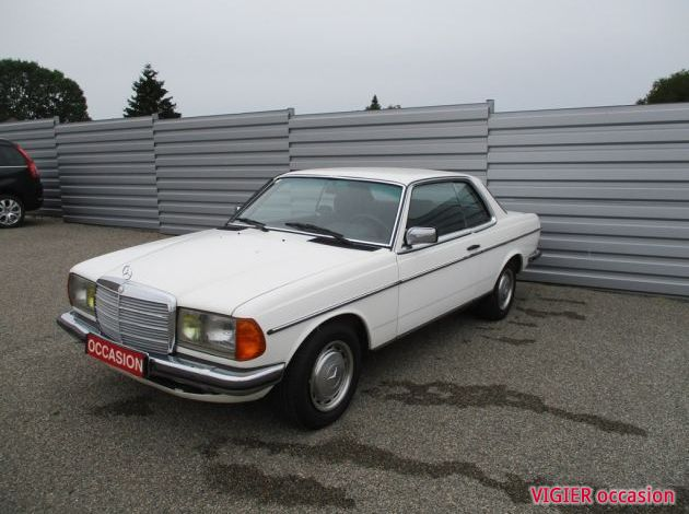 MERCEDES BENZ 230 CE COUPE W123
